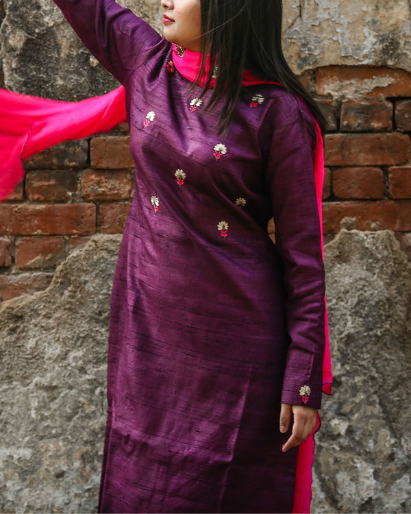 Purple embroidered kurta set 2