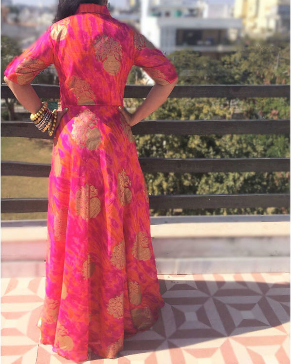 Pink golden dress 1