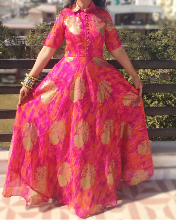 Pink golden dress 2
