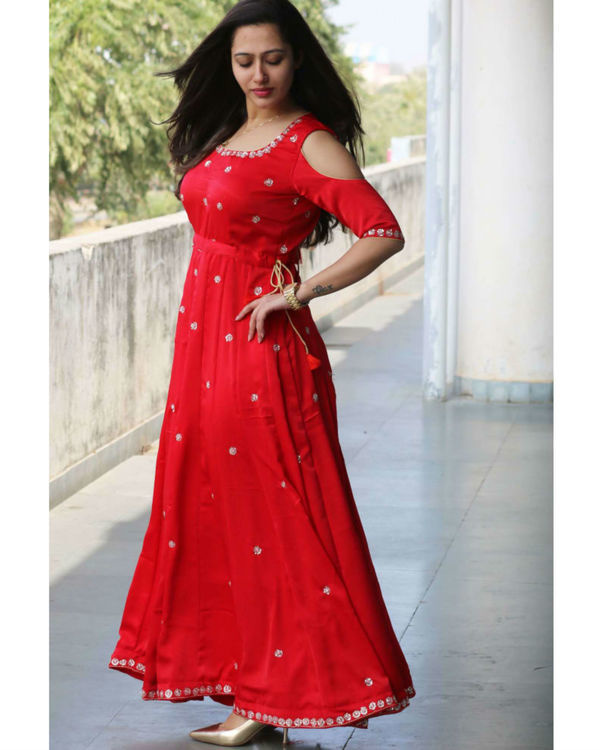 Red embroidered gown 1