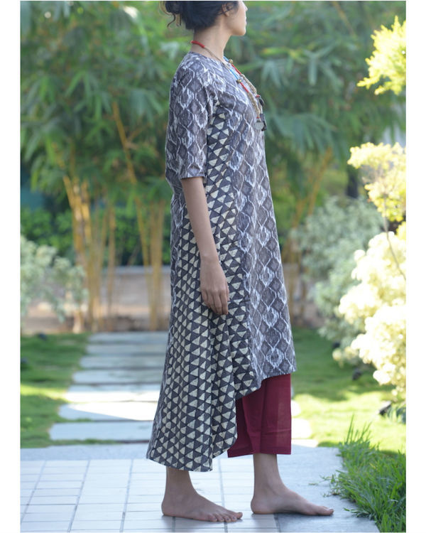 Grey asymmetric kurta with maroon palazzos 1