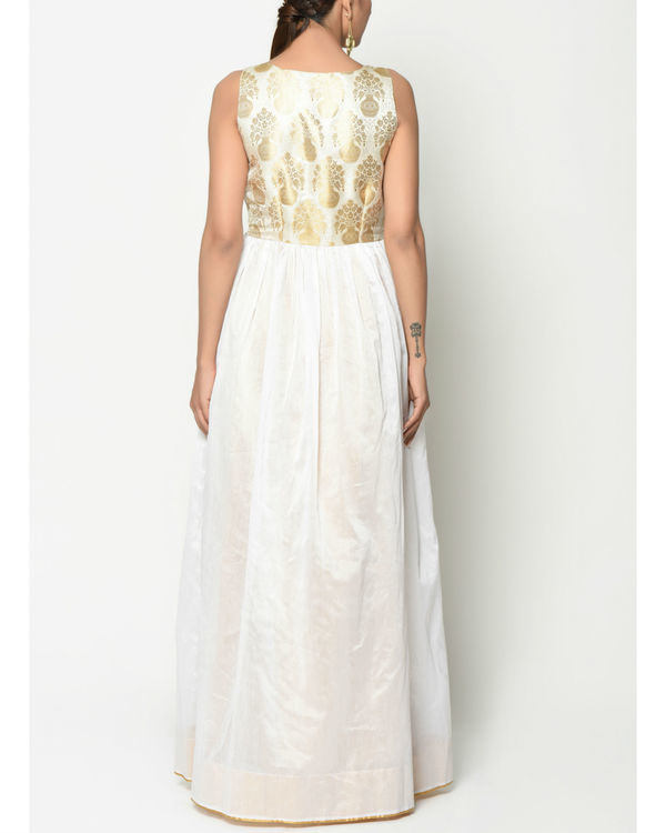 White brocade flare dress 3