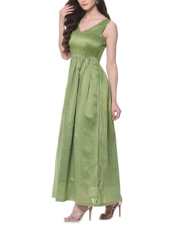 Olive fairytale dress 1