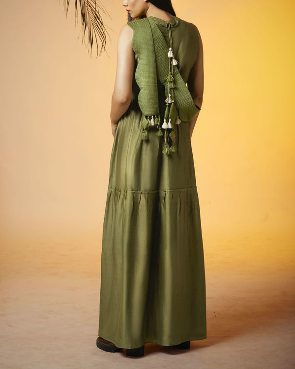 Olive back tasseled dress 1