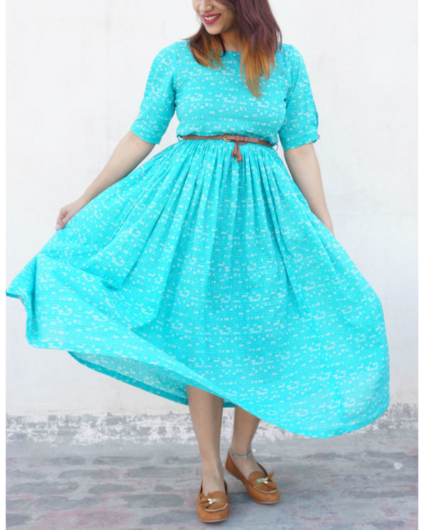 Turquoise flared dress 2