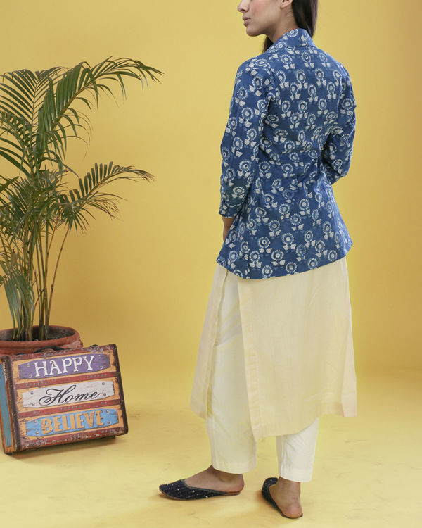 Set of indigo jacket with beige kurta 2