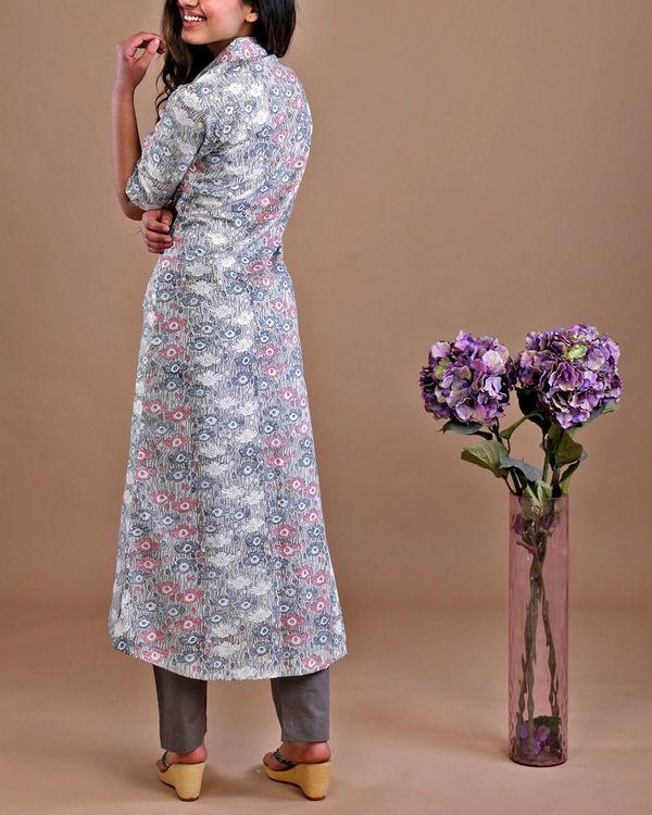 Grey floral kurta set 3