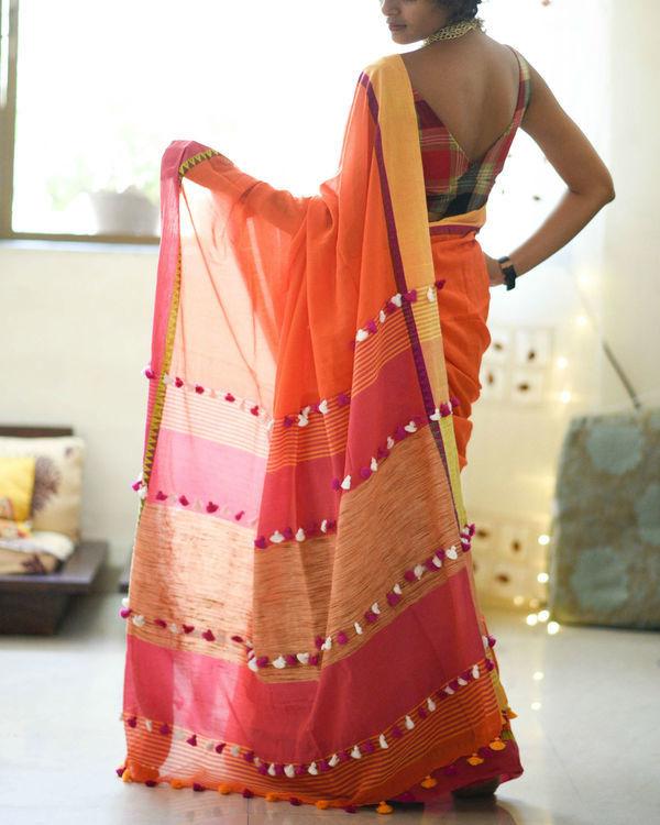 Temple border sari 2