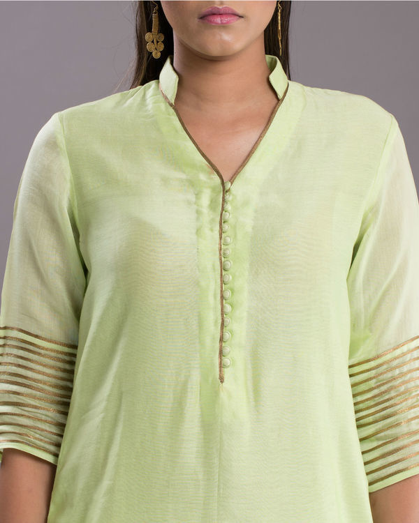 Pistachio and gold kurta 1