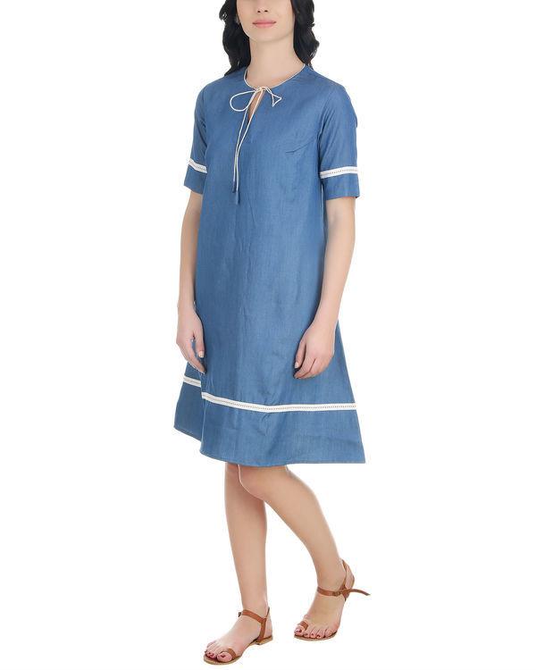 A line neck tassel dress 1