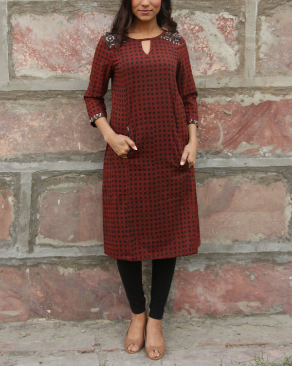 Maroon checkered pocket tunic 1