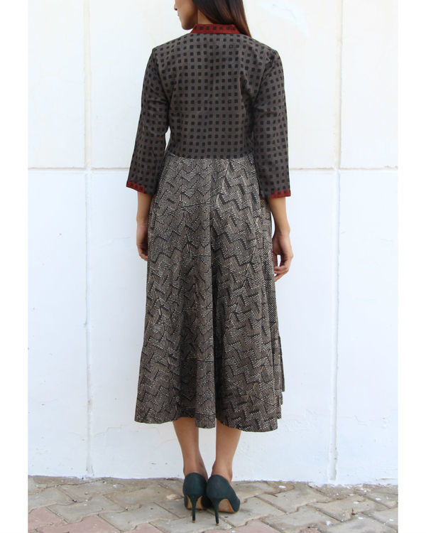Grey checkered yoke gathered dress 2