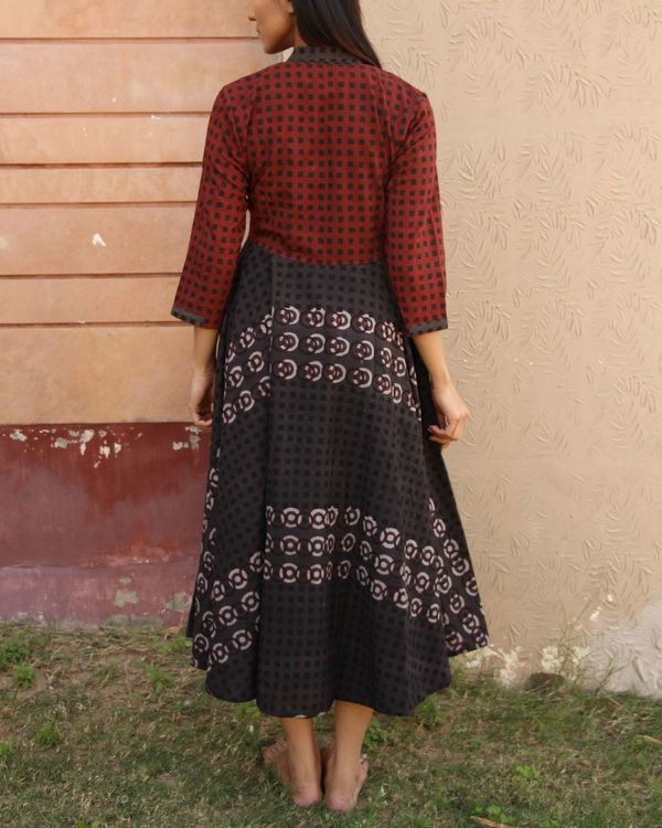 Maroon checkered yoke gathered dress 2