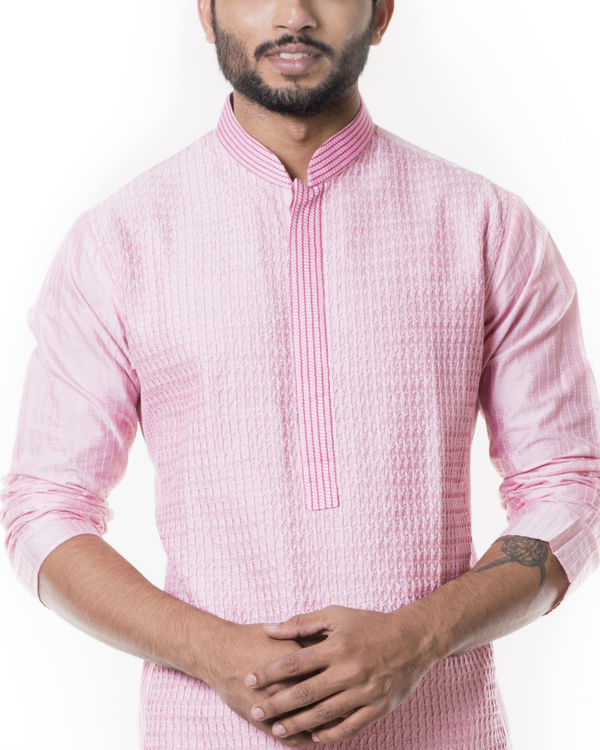 Pink kurta set with  pintucks 2