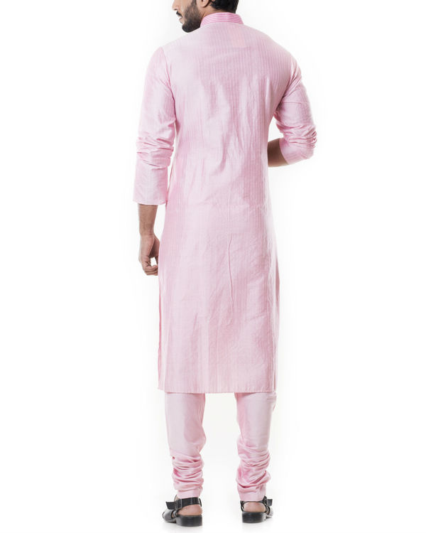 Pink kurta set with  pintucks 3