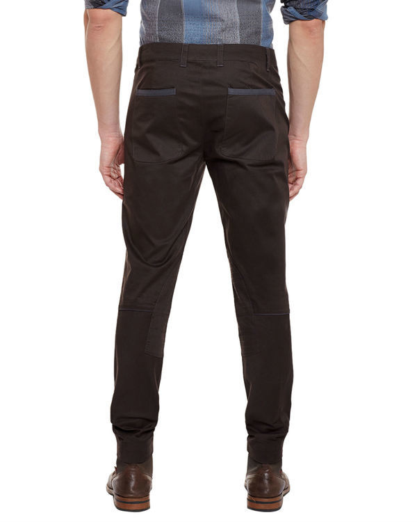 Brown riding trousers 3