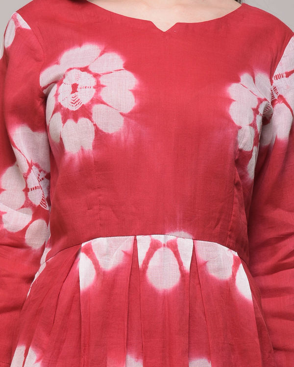 Red floral pleated maxi 2