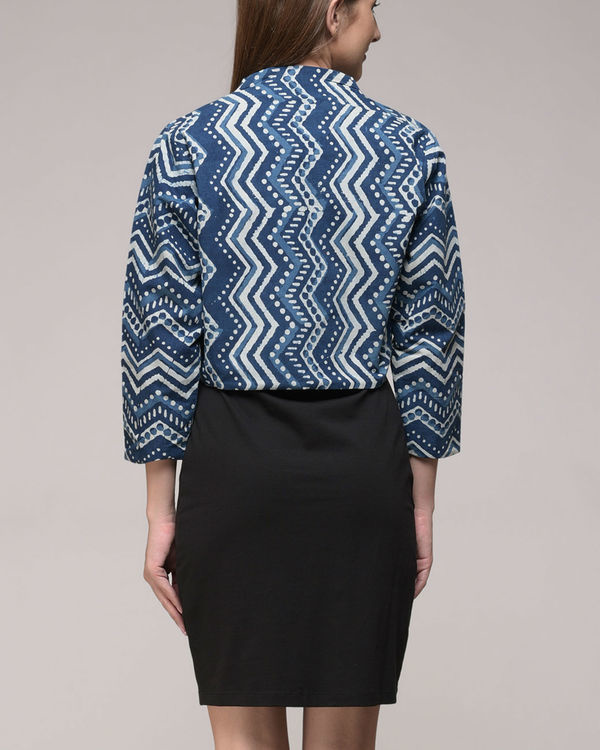 Chevron printed shrug 3