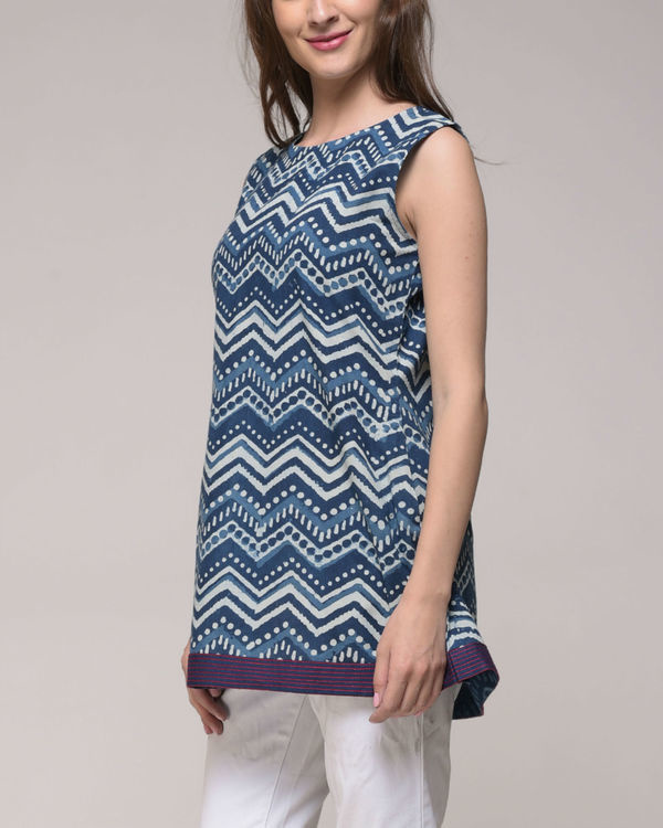 Indigo chevron printed top 1