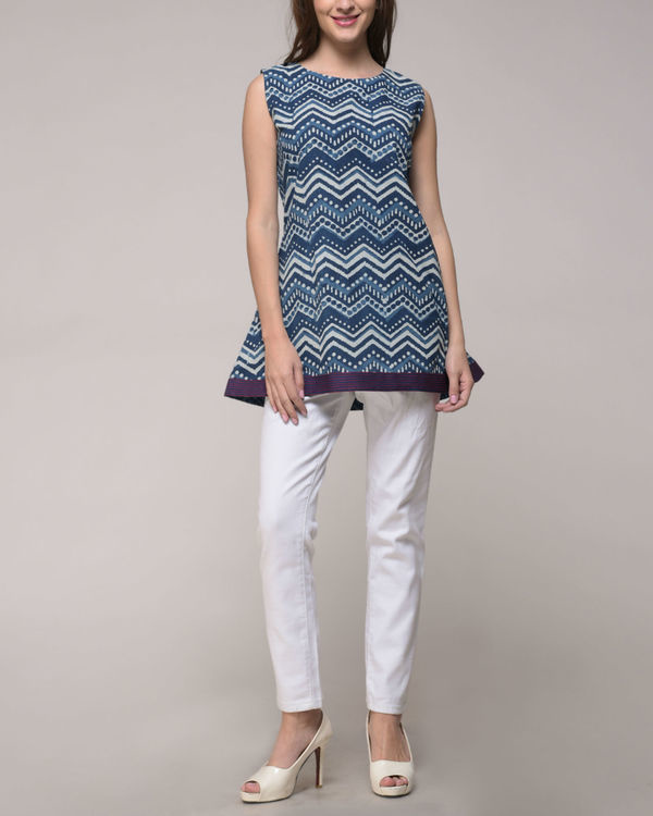 Indigo chevron printed top 2