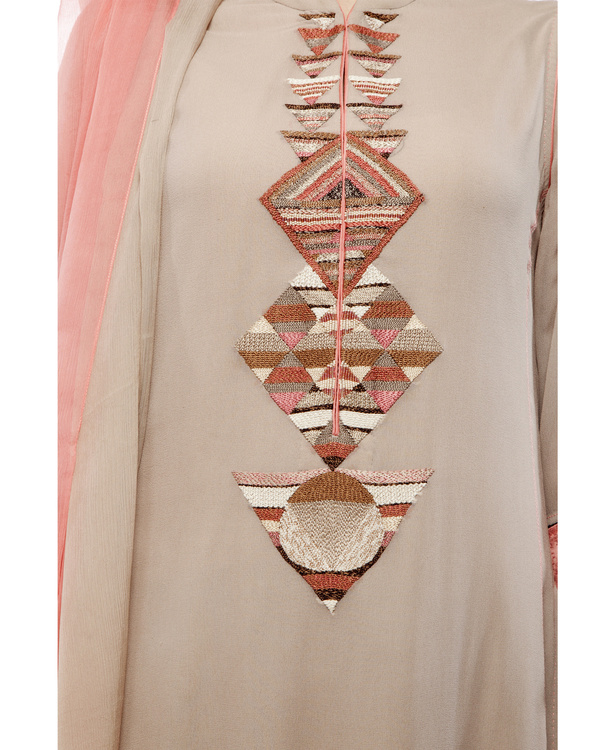 Kurta with front embroidered placket, comes with palazzos chiffon dupatta 1