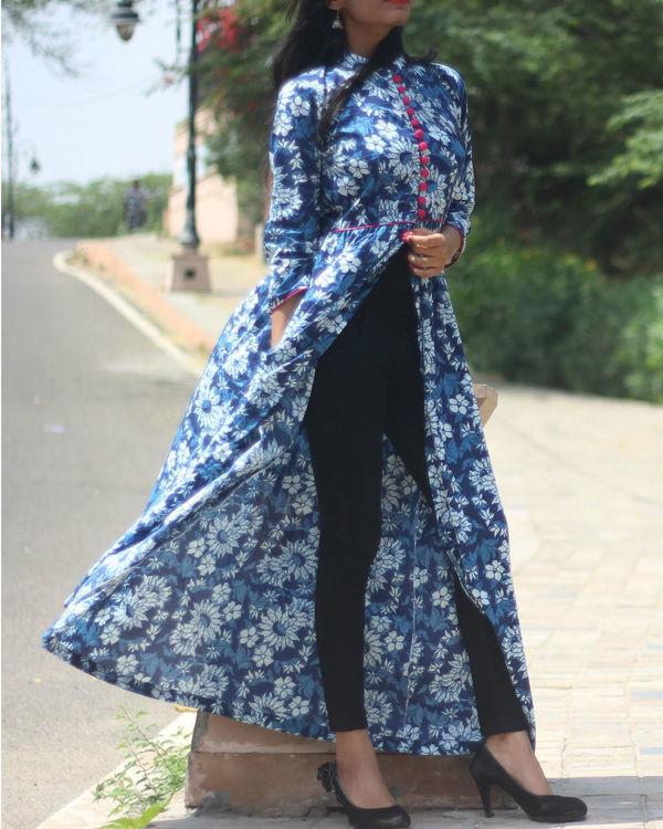 Indigo floral cape 1