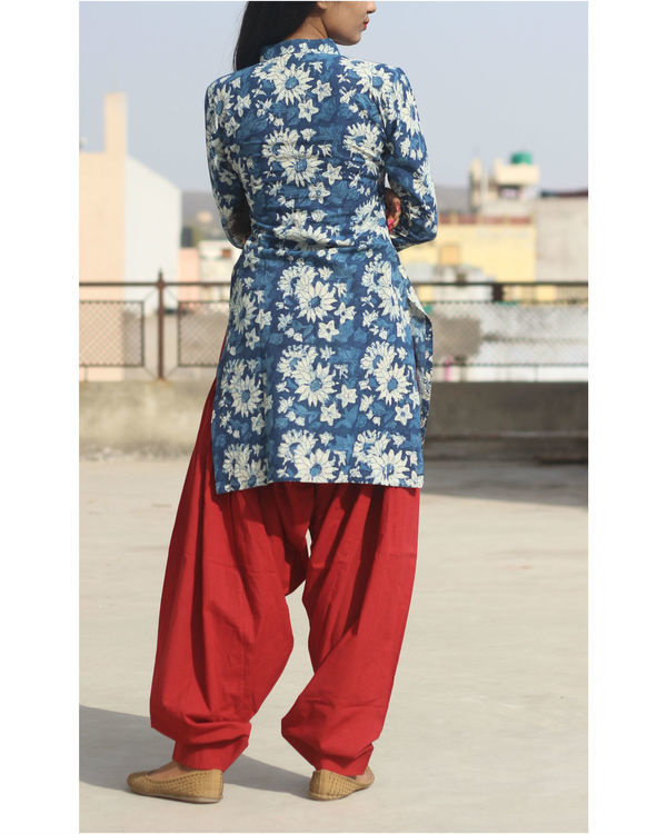 Set of indigo floral kurta with patiala 1