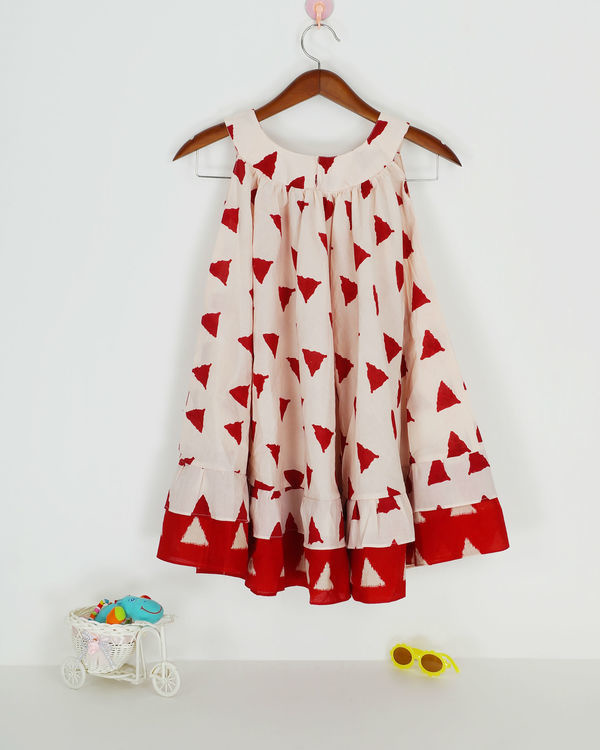 Red round collar dress 1