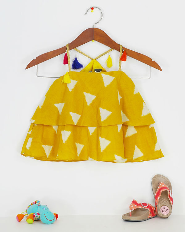 Yellow ruffle top 1