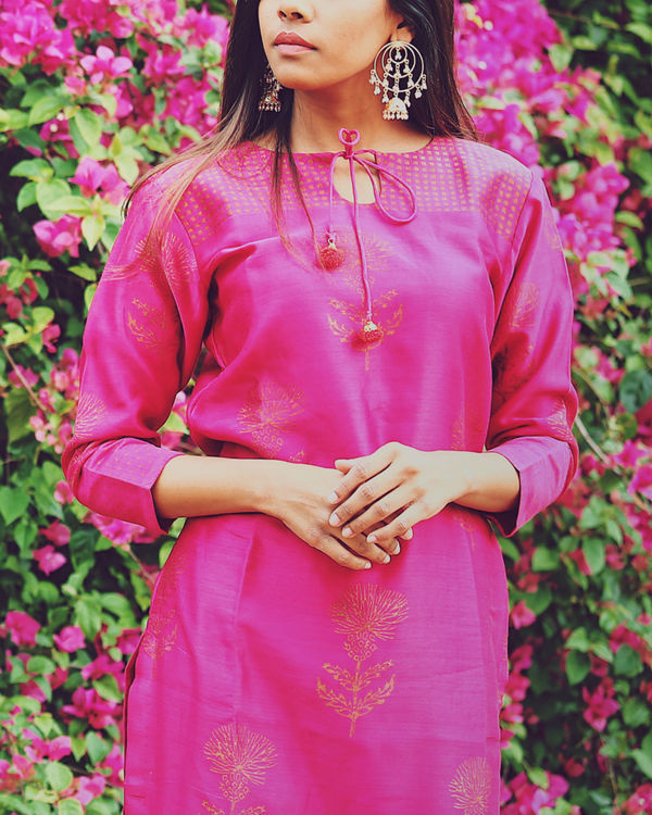 Roseate pink lily floral set 1