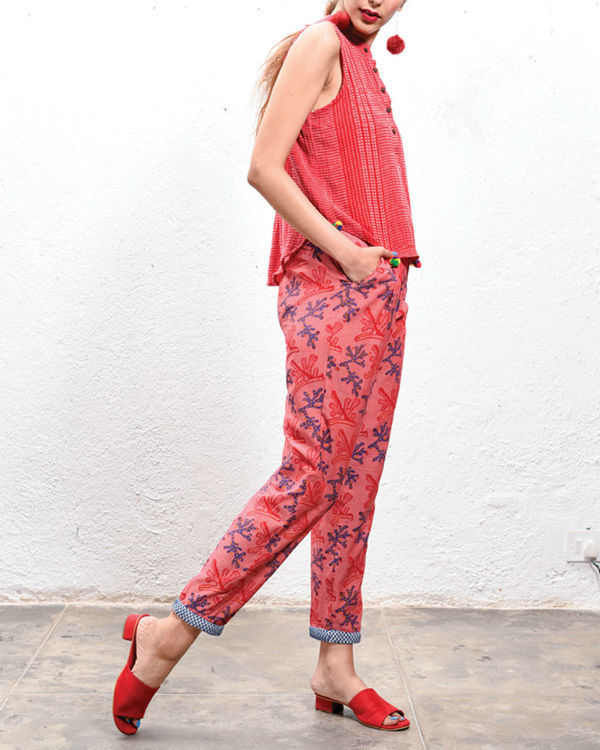Coral trousers 1