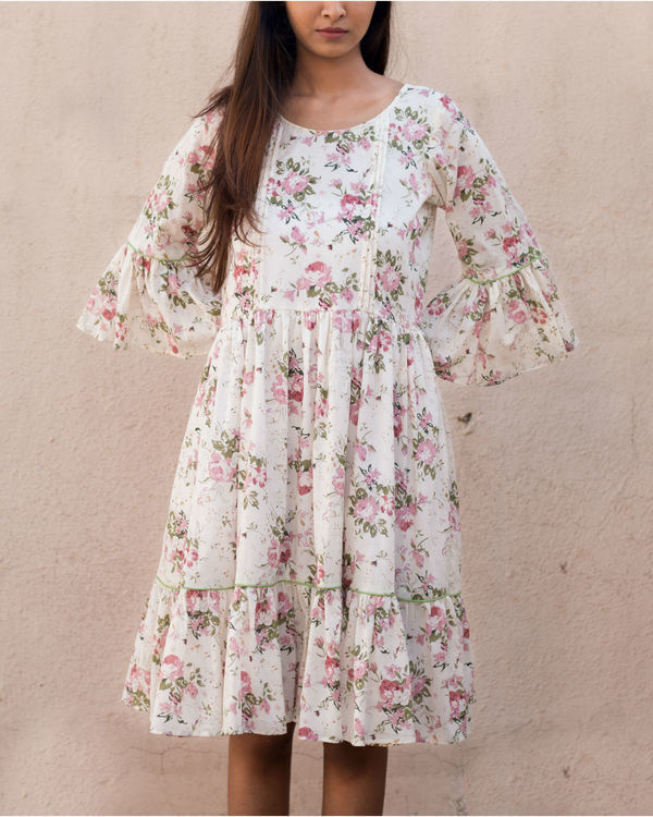 Floral ruffled sleeve dress 1