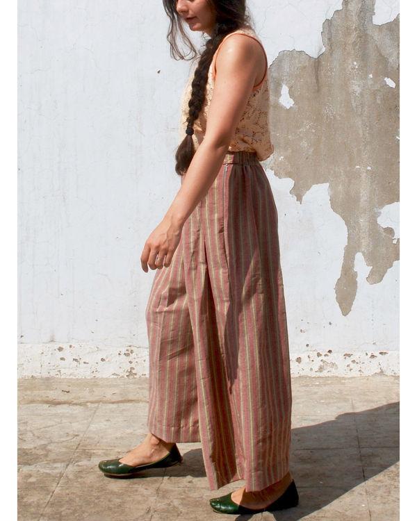 Striper box pleated pants 1