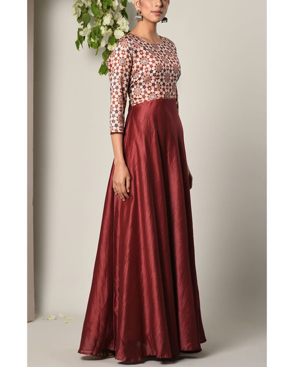 Maroon bodice print dress 2