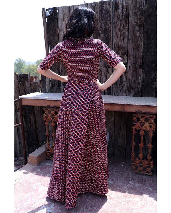 Checkered shoulder tie up dress 2