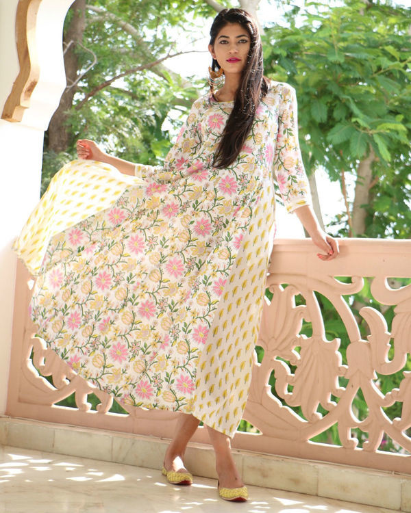 Floral flared maxi 1