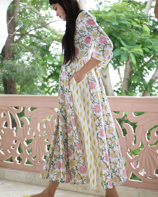 Floral flared maxi 2