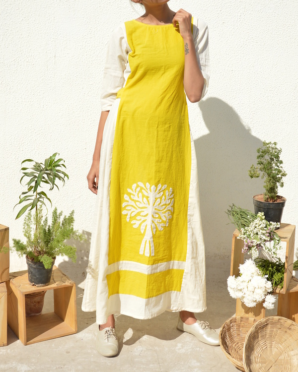 Yellow-white applique dress 1