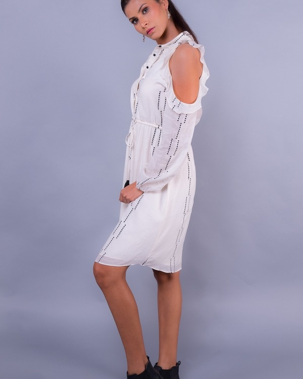 White cold shoulder ruffled buttoned tunic 2