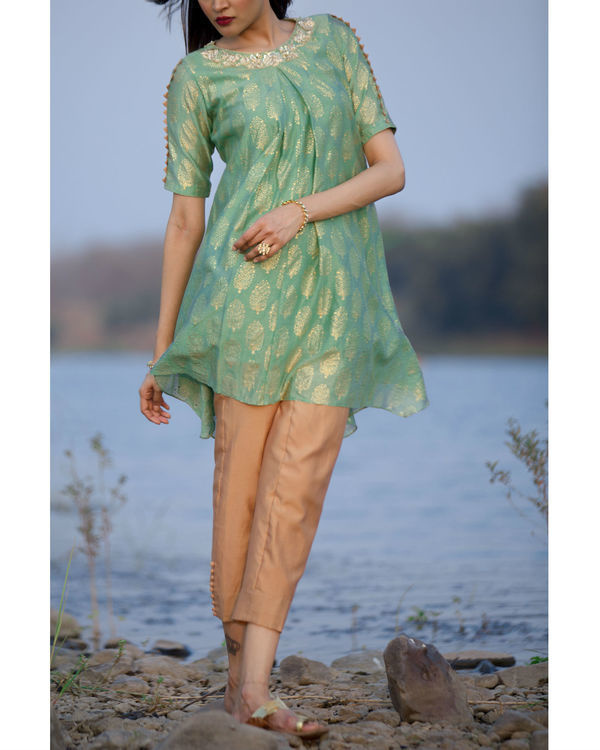Seafoam green kurta with cigarette pants 1