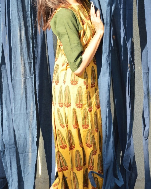 Mustard and seaweed tunic 1