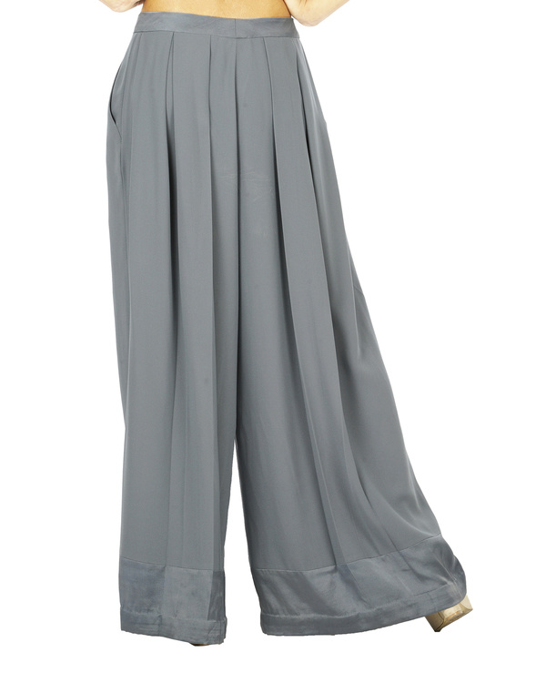 Grey pleat trousers 2