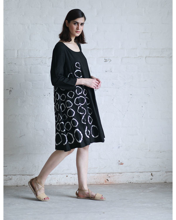 Black shibori flared dress 3