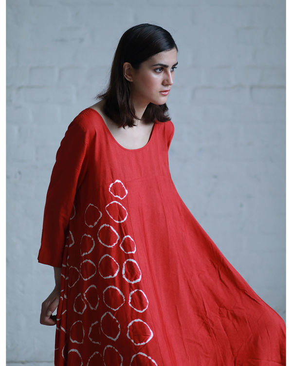 Red shibori flared dress 4