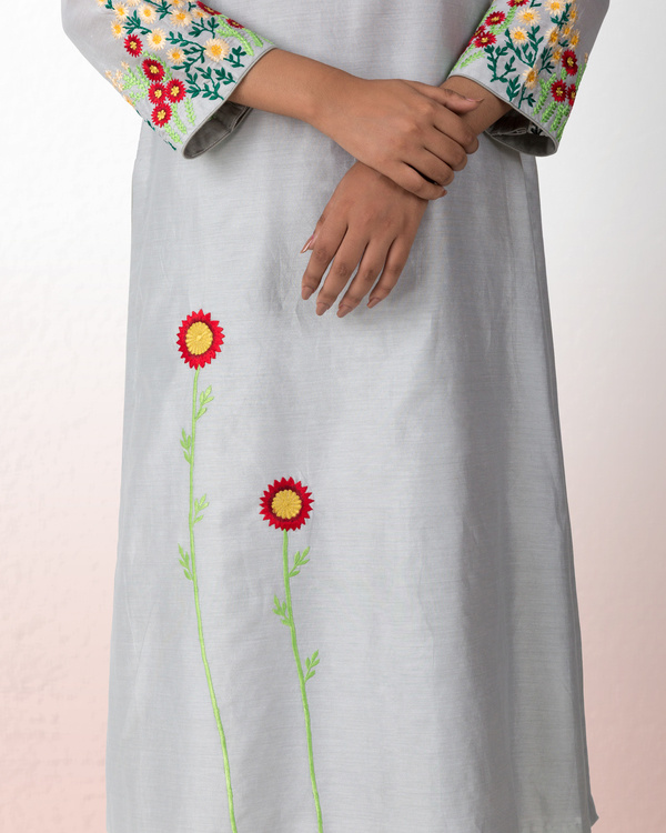 Silver grey chanderi kurta with grey palazzo 1