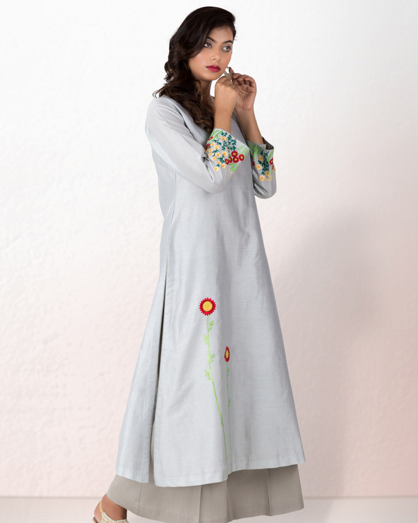 Silver grey chanderi kurta with grey palazzo 2