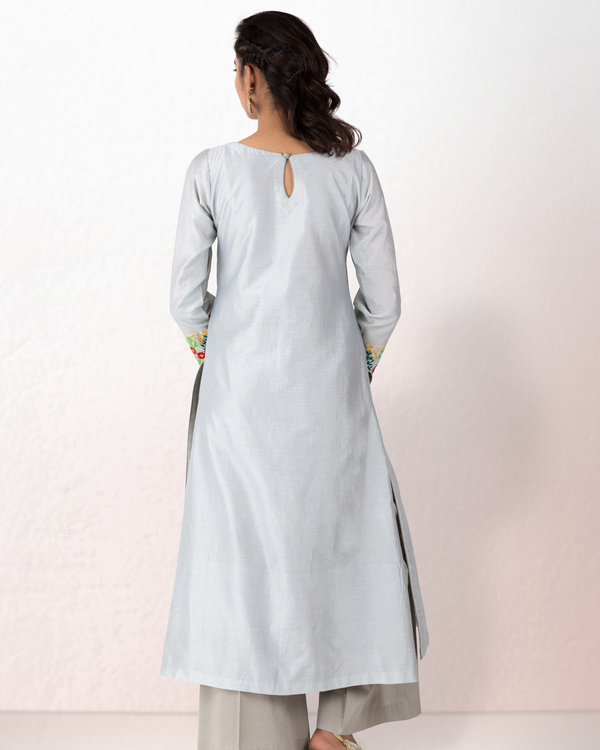 Silver grey chanderi kurta with grey palazzo 3