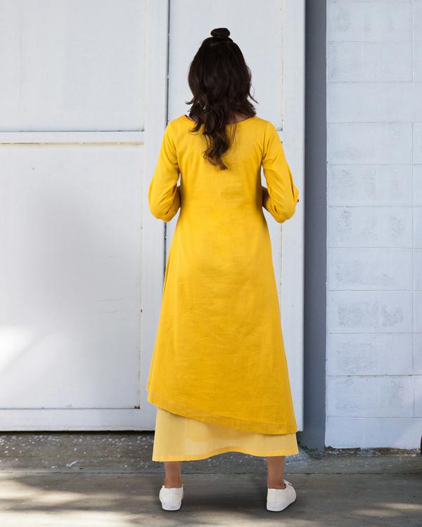 Yellow a-line asymmetrical hem dress 3