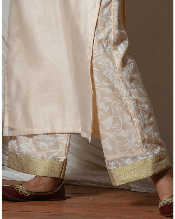 Ivory chanderi kurta with beige floral farshi pant 1