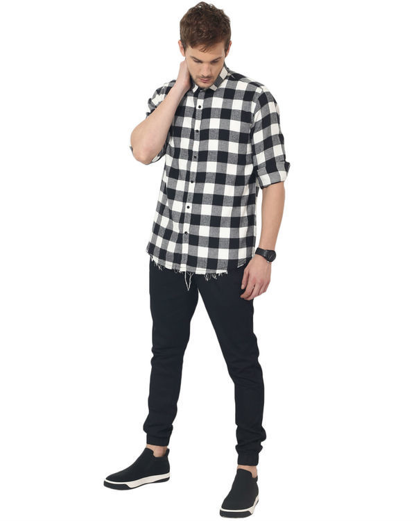 Black & white checks casual shirt 4